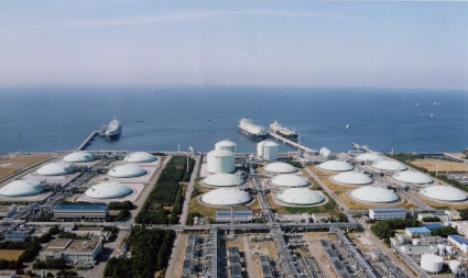 India To Triple Lng Import Terminal Capacities By 2017